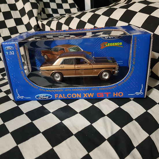Oz Legends 1:32 Ford Falcon XW GT HO 40th Anniversary Gold