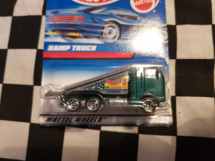 Hot Wheels 1997 #774 Ramp Truck