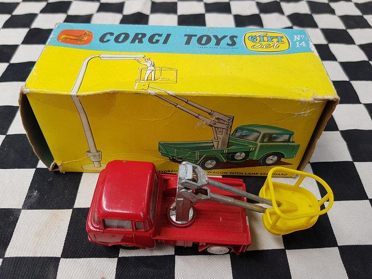 Corgi gift set #14 Hydraulic Tower Wagon W lamp standard (NO Lamp)