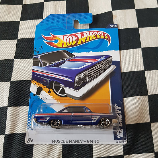 Hot Wheels 2012 Muscle Mania GM 1962 Chevy Impala Blue