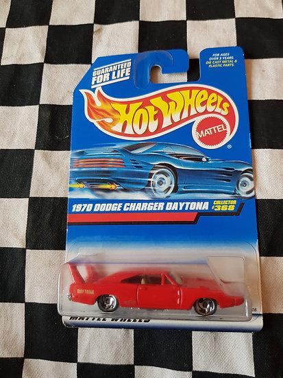 Hot Wheels 1997 1970 Dodge Charger Daytona