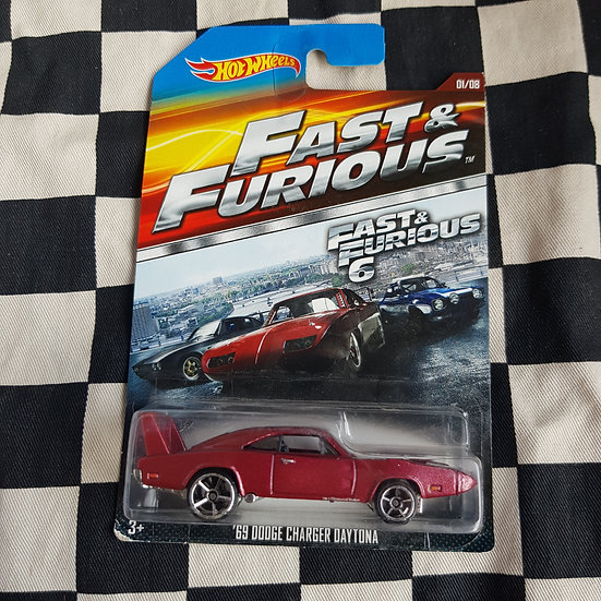 Hot Wheels 2014 Fast & Furious 69 Dodge Charger Daytona
