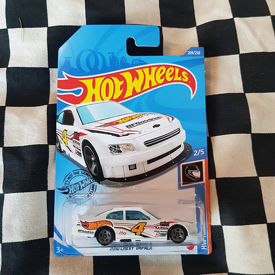 Hot Wheels 2020 Race Team 2010 Chevy Impala Nascar White