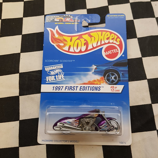 Hot Wheels 1997 First Edition Scorchin Scooter Purple