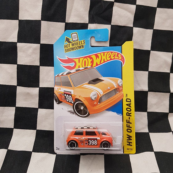 Hot Wheels 2013 Off road Morris Mini Orange