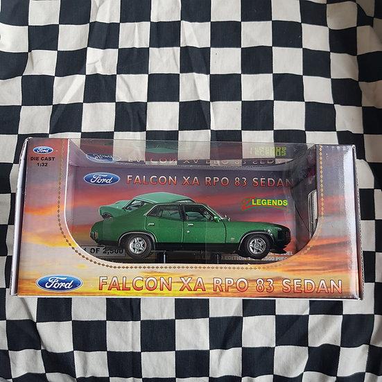 Oz Legends 1:32 Ford Falcon XA RPO 83 Sedan Green