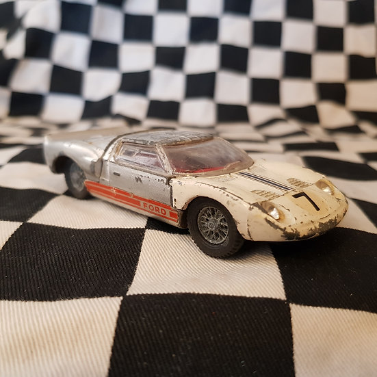 Vintage Dinky Ford 40 RV GT40 Suit Repaint or Wrecking Yard Diarama