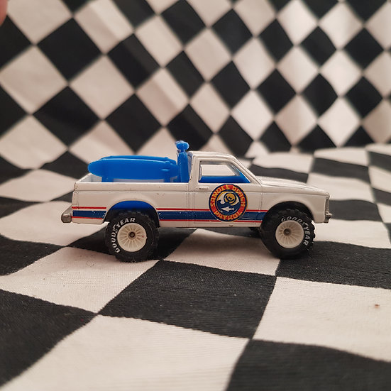 Hot Wheels Beach Patrol 4x4 Pickup Real Riders White Hubs