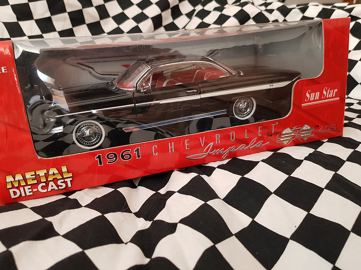 Sun Star 1:18 1961 Chevrolet Impala SS 409 Black
