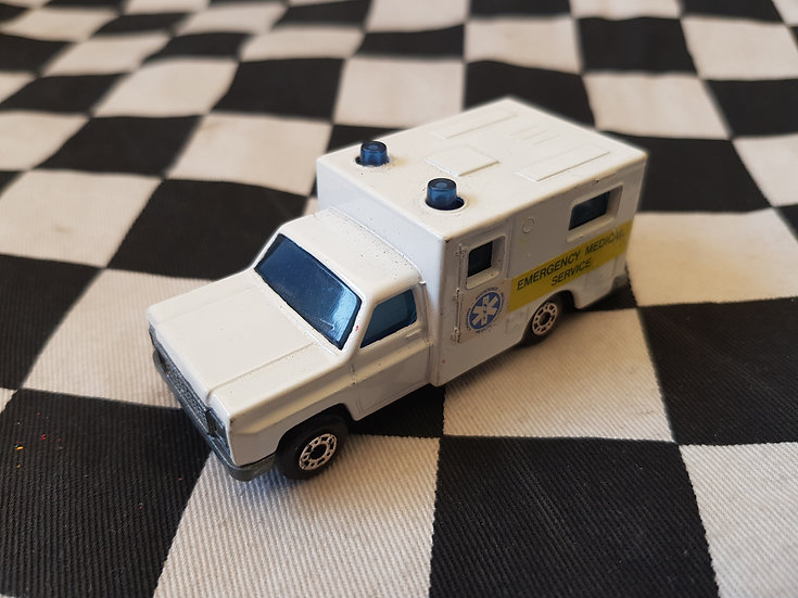 Matchbox Superfast Ambulance 1977
