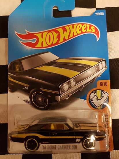 Hotwheels (2017) 69 Dodge Charger 500 mooneyes black
