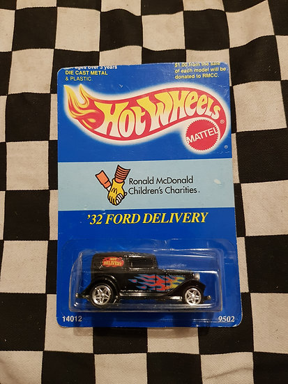 Hot Wheels 1995 Ronald McDonald Childrens Charity 32 Ford Delivery