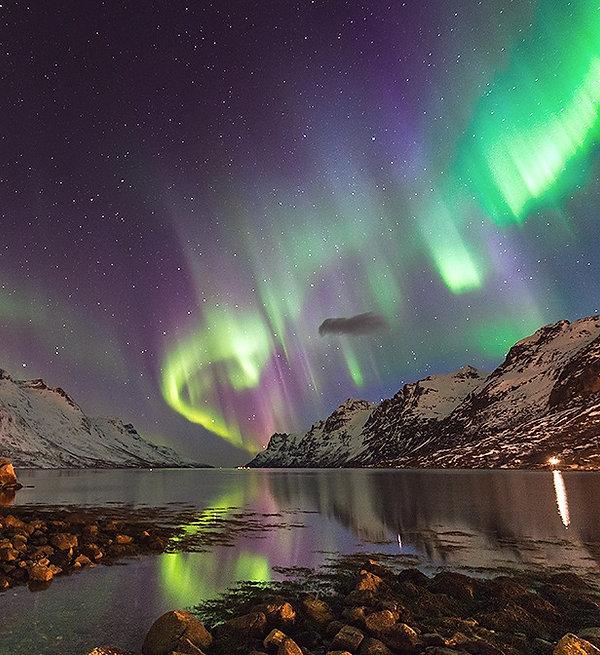 aurore-boreale-3_lac_modifié.jpg