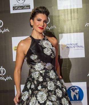 Presentadora Oficial Premios Maya 2018