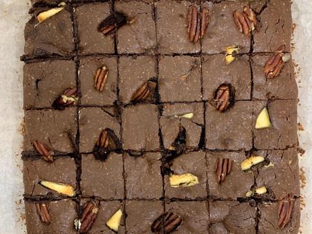 בראוניז שוקולד, אגוזים ושוקולד לבן