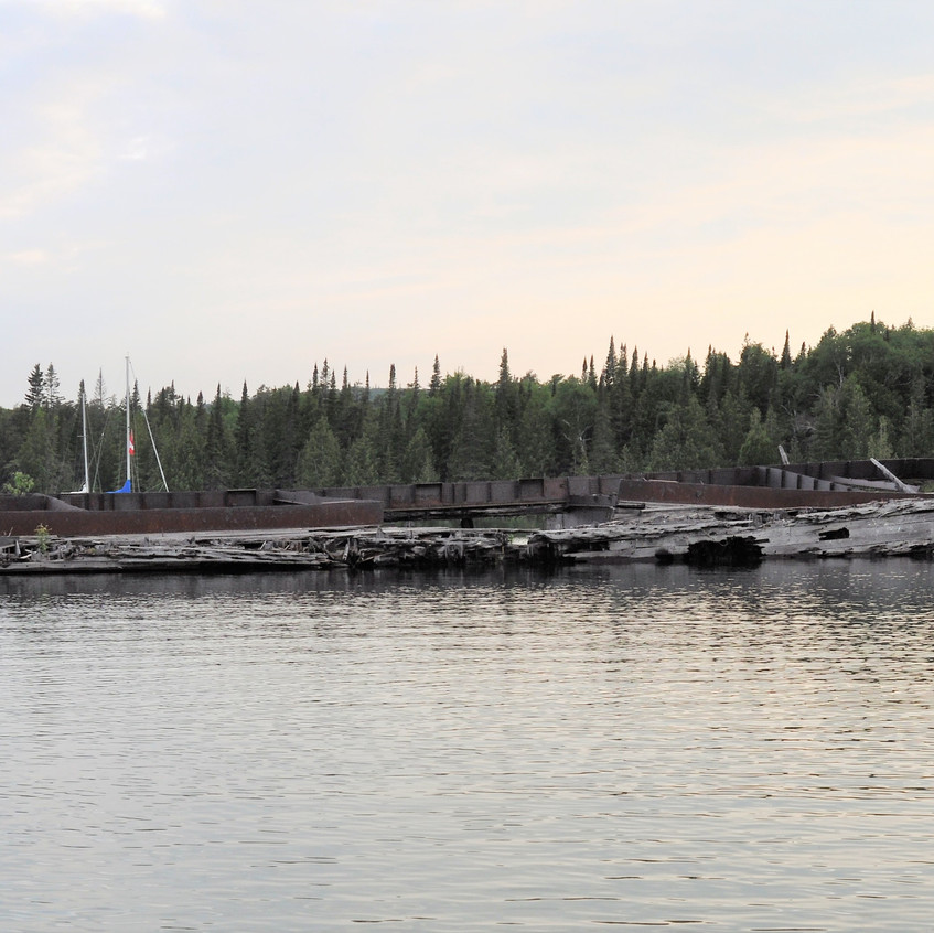 Ship wrecked tug in Wingfiekd Basin