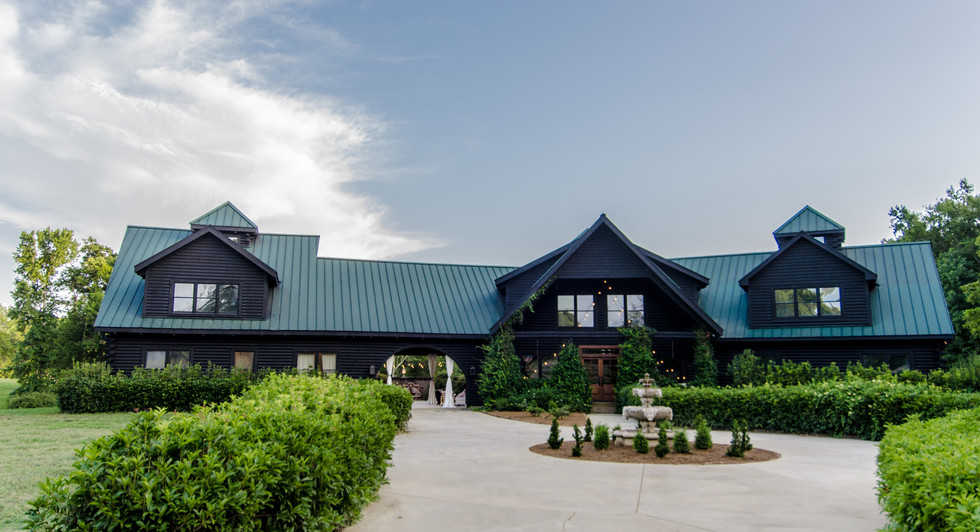 1 The Lodge at Old Haigler Inn Mint Hill NC Wedding Venues Charlotte NC Conference and Ret