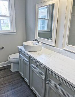 BeverlyDrive-Bathroom.jpg