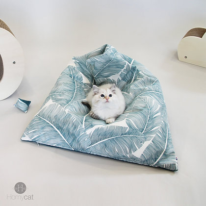 COUCHAGE POUF CHAT DESIGN