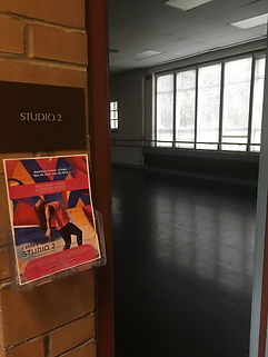 Moodment Dance Studio