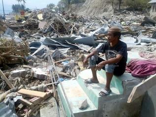 Rumah Ranap Sekelip Mata Dibadai Tsunami