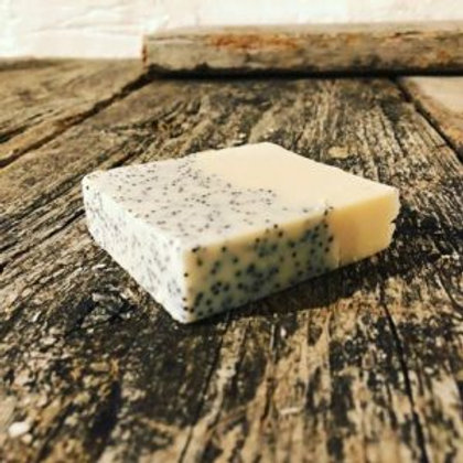 Tilda's Tribe Poppyseed & Peppermint Goats' Milk Soap - 100g