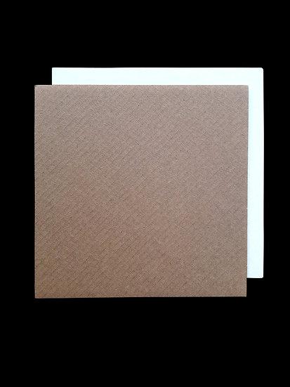 Cardboard plate 15x15 cm. avana/white