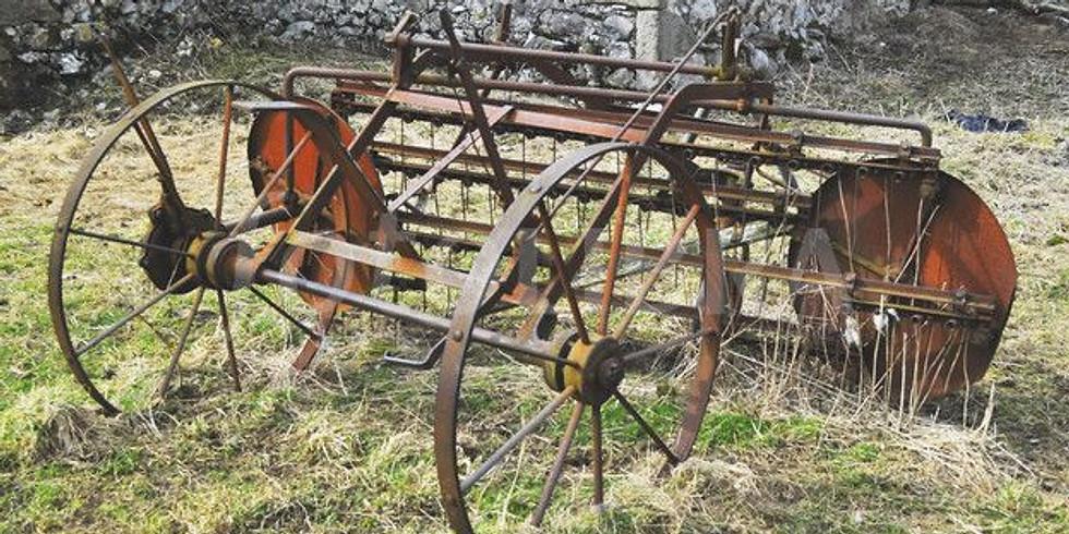 Glebe Farm Vintage working machines day