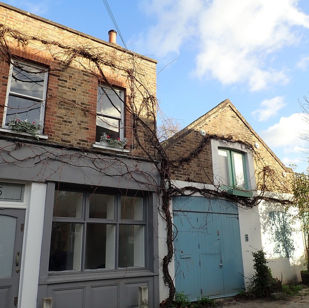Camberwell_Stories Mews