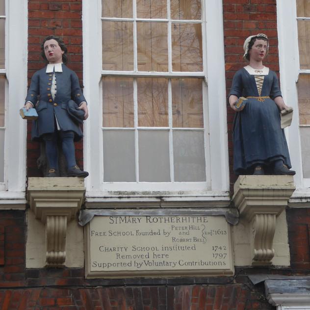 freeschool_statues