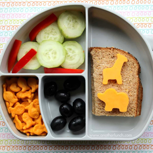 Tips on a healthy, kid-friendly lunch box