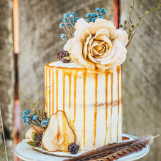 Rustic Cake With Dried Pears and Berries
