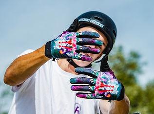 Fuse chroma gloves   29.95