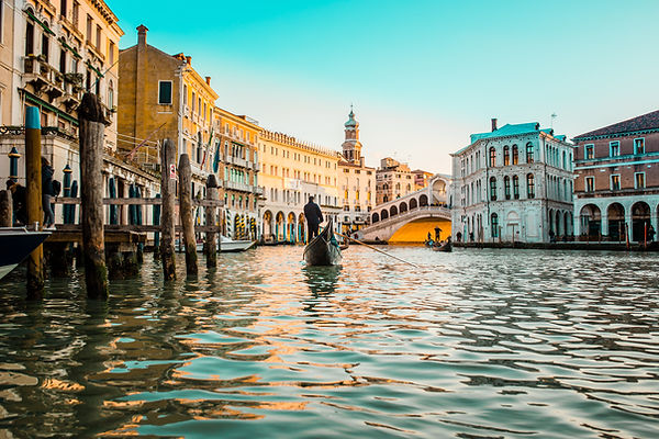 Why You Should Elope in Venice Italy Cas