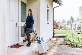 Mobiler Coiffeur, mobiler Friseur, mobiler Coiffeur Solothurn, Coiffeur, Coiffeuse, at home, zu Hause, Solothurn, Sabrina Burri, Visagistin