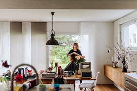 mobiler Coiffeur, Coiffeur zu Hause, mobiler Coiffeur Solothurn, Styling zu Hause, Frisieren zu Hause, Coiffeur, Coiffeuse, at home, zu Hause, Solothurn, Sabrina Burri, Visagistin