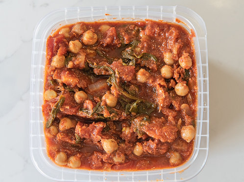 Spicy Tomato Chickpea Curry