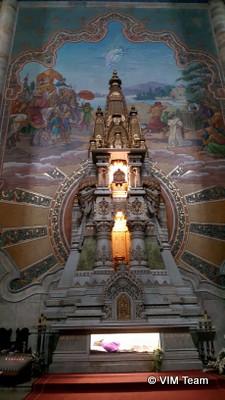 Boční oltář kostela v Elorriu
