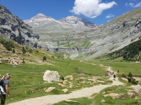 Viktorčin první dvoudenní trek do 2200 m  n.m.