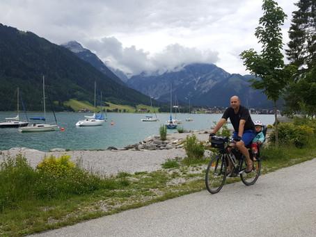 Na kolech z kempu Wimmer do Achenkirch (cca 20 km)