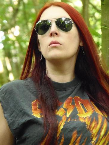 Paranormal romance author Willow Salix