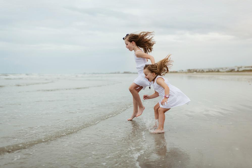 Extended-family-beach-session-Jetty-park-12.jpg