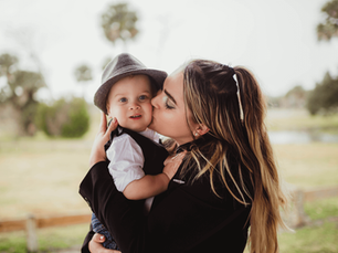 Mommy and Me Session – Chain of Lakes – Titusville, Florida