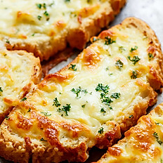 GARLIC BREAD WITH CHEESE (V)
