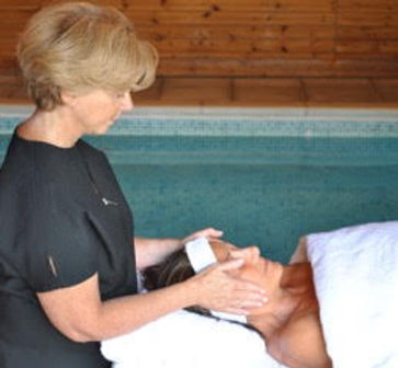 Sue's Holistic Therapy Clinic | Anti-Ageing Treatments