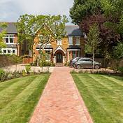 Vala Designs Front Garden 3