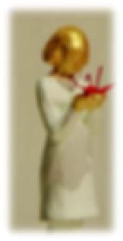girl statue with Tsuru