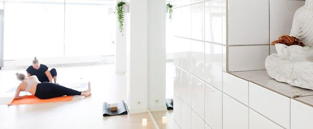 jooga-helsinki-pilates-hieronta-studio1.