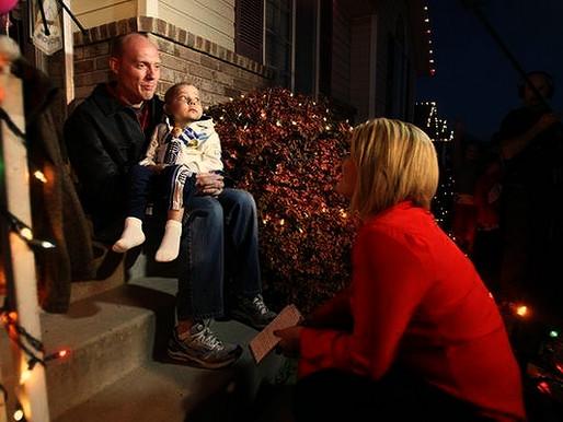 Μια πόλη γιορτάζει από τώρα τα Χριστούγεννα για έναν 4χρονο που έχει μόνο λίγες μέρες ζωής
