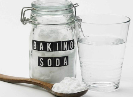 5 THINGS TO CLEAN WITH BAKING SODA